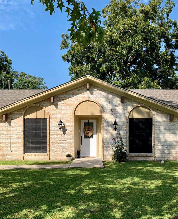 713 Jasmine Street, Richwood, TX 77531 (MLS #79053673) :: The Bly Team