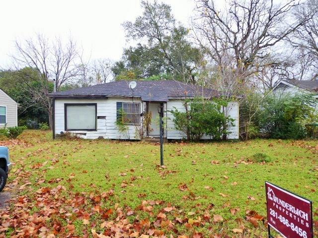 5329 Higgins Street, Houston, TX 77033 (MLS #79148764) :: Texas Home Shop Realty