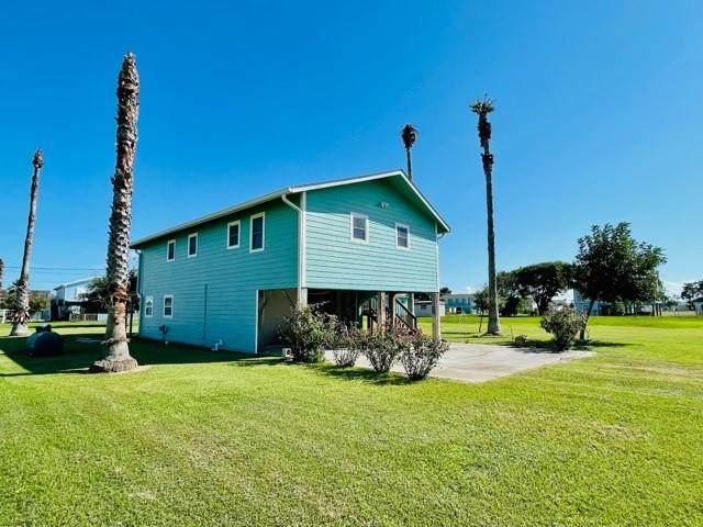 1386 Bayview Drive, Palacios, TX 77465 (MLS #79181625) :: Michele Harmon Team