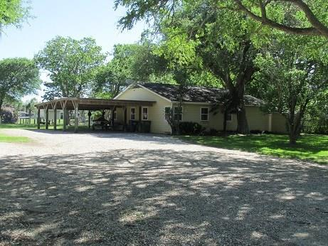 133 Oak Circle, Sargent, TX 77414 (MLS #79267823) :: Giorgi Real Estate Group