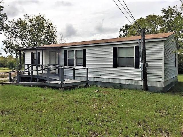 712 W Fannin Street, Mexia, TX 76667 (MLS #7938001) :: NewHomePrograms.com LLC