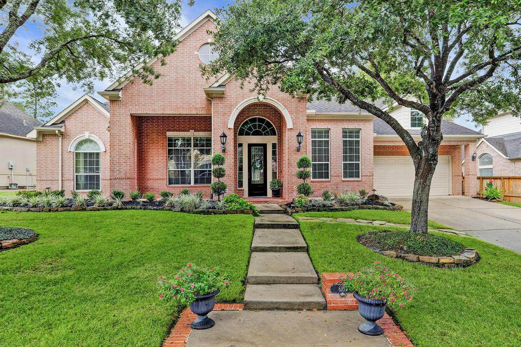 6107 Peachtree Hill Court - Photo 1