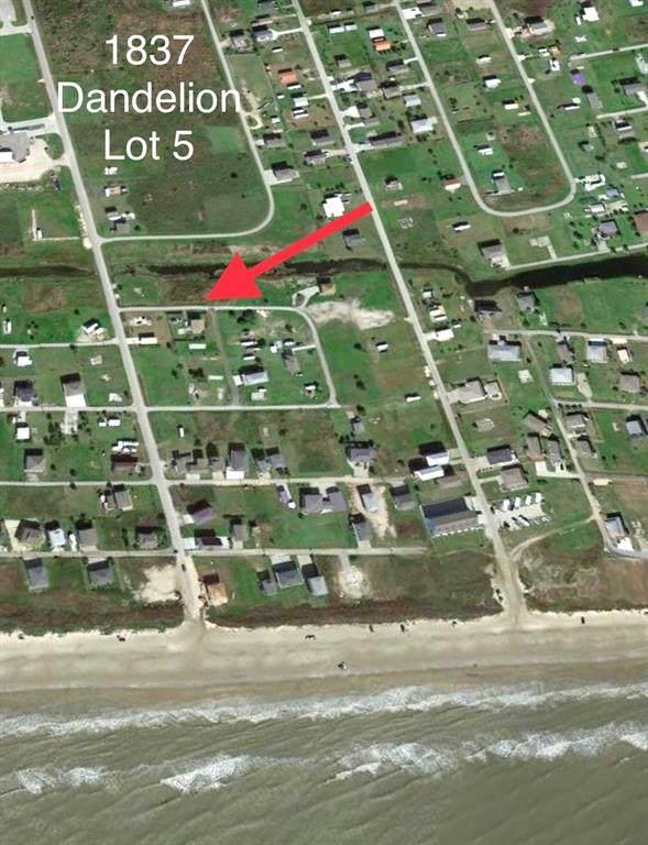 1837 Dandelion, Crystal Beach, TX 77650 (MLS #79880228) :: My BCS Home Real Estate Group