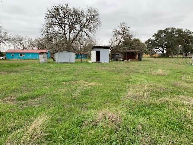 1401 Dunn Street, Yoakum, TX 77995 (MLS #80047892) :: The Jill Smith Team