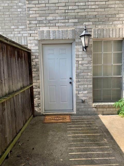 3780 Tanglewilde Street #106, Houston, TX 77063 (MLS #80070699) :: NewHomePrograms.com