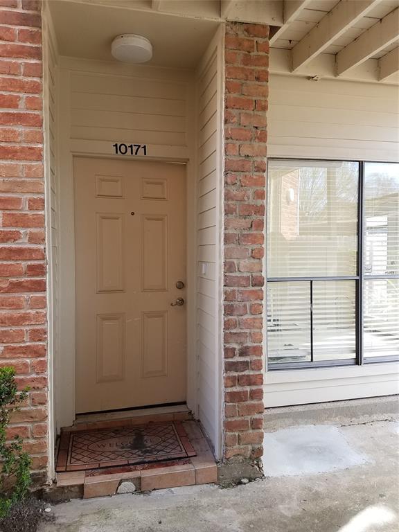 10171 Oakberry Street Street #87, Houston, TX 77042 (MLS #80183591) :: The Bly Team