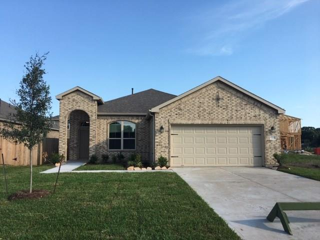 5322 Decatur Court, Dickinson, TX 77539 (MLS #80385519) :: The SOLD by George Team