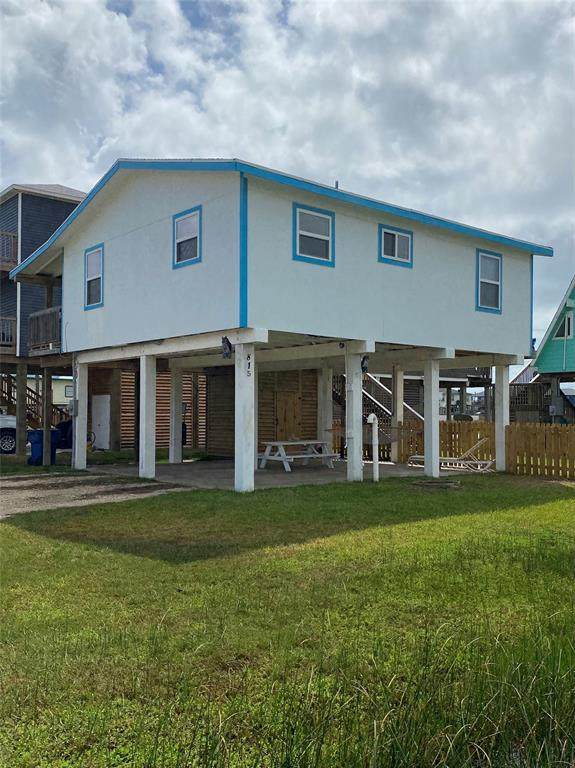 815 Fort Velasco Drive, Surfside Beach, TX 77541 (MLS #8043101) :: Texas Home Shop Realty