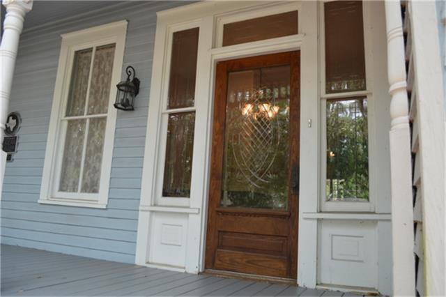 4922 Main Street, Chappell Hill, TX 77426 (MLS #8048866) :: Giorgi Real Estate Group