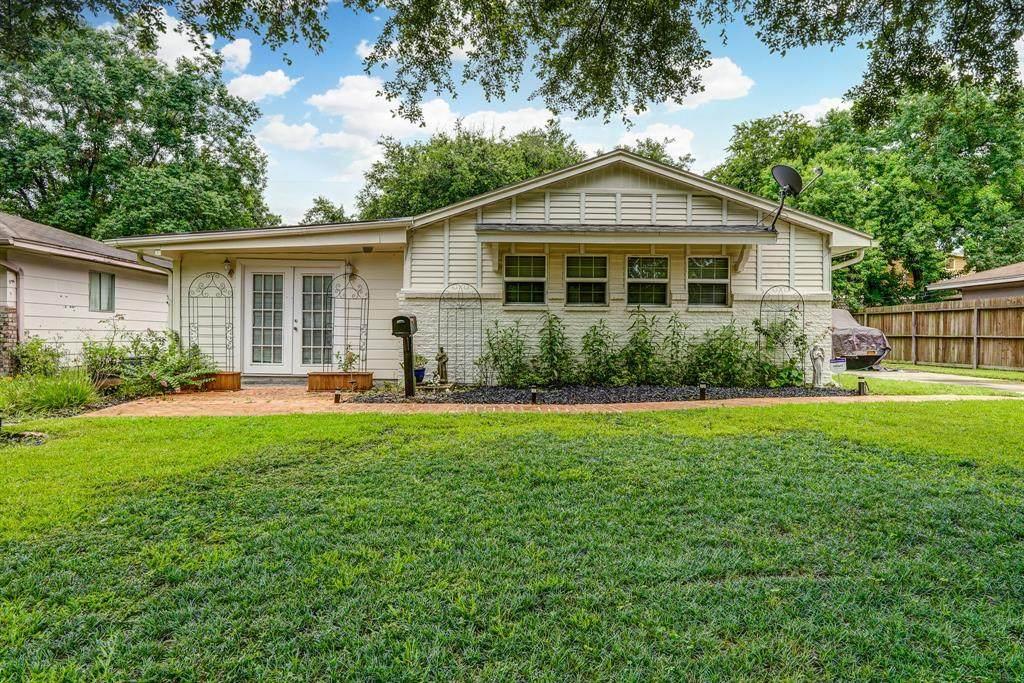 5822 Willow Oak Drive - Photo 1