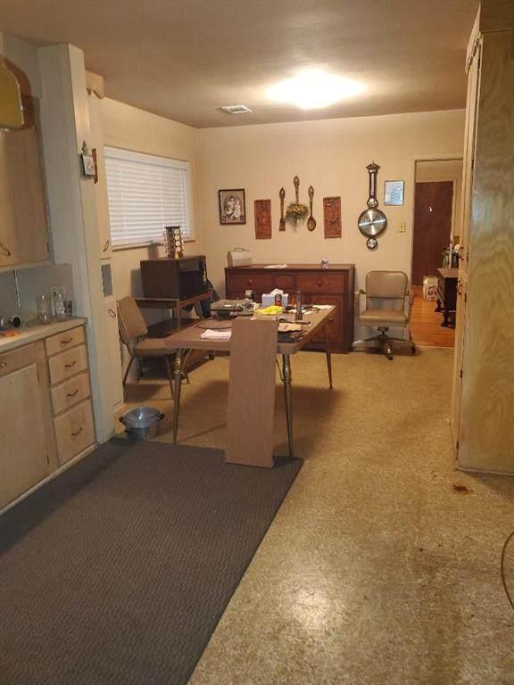 204 Dyer Street, Baytown, TX 77520 (MLS #81199819) :: The Sansone Group