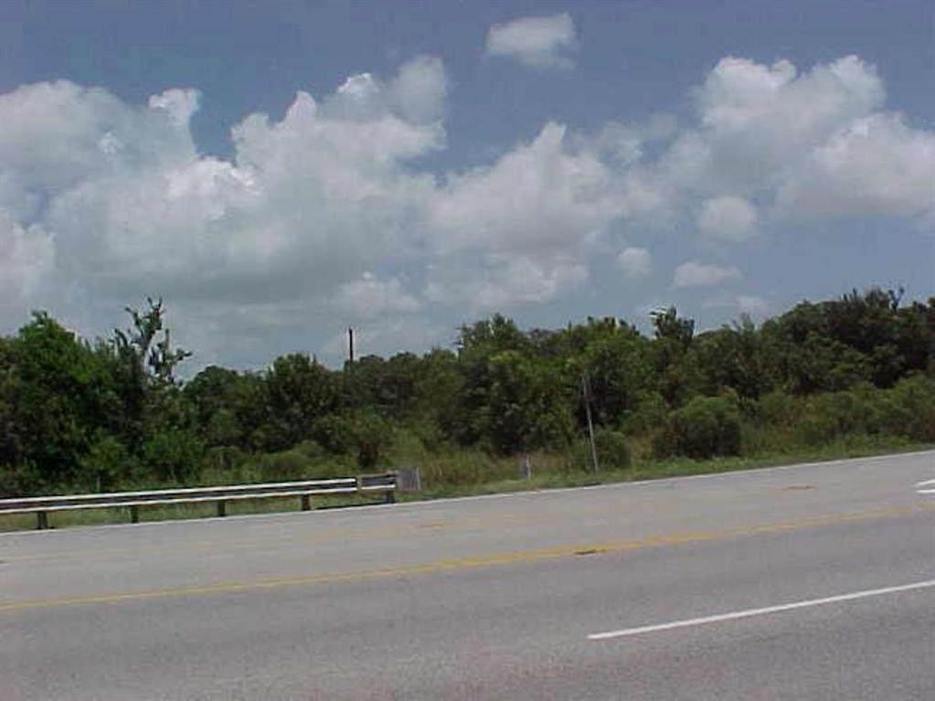 5940 Hwy 6 Highway - Photo 1