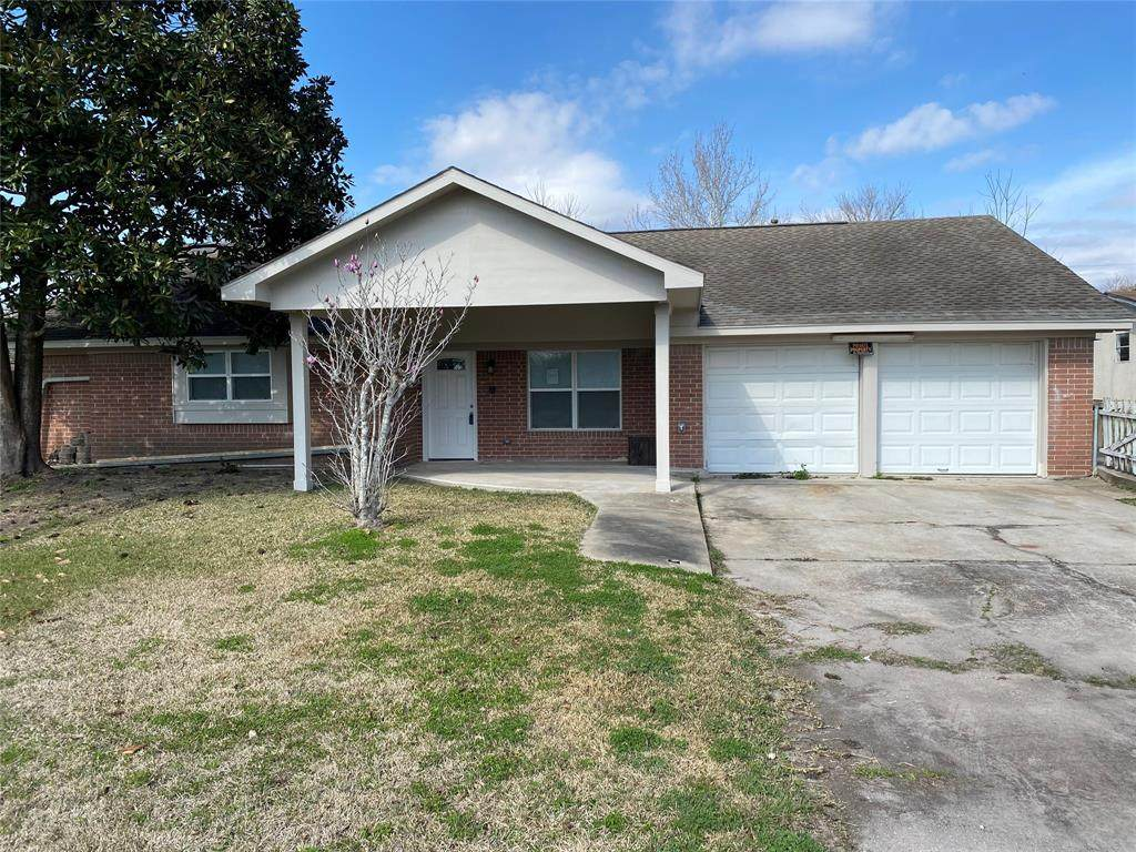2505 Barbers Hill Road - Photo 1