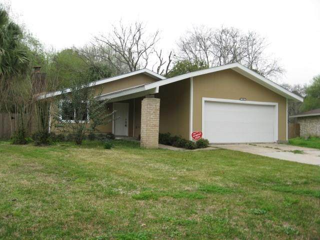 16902 Creek Line Drive, Friendswood, TX 77546 (MLS #81563719) :: Ellison Real Estate Team