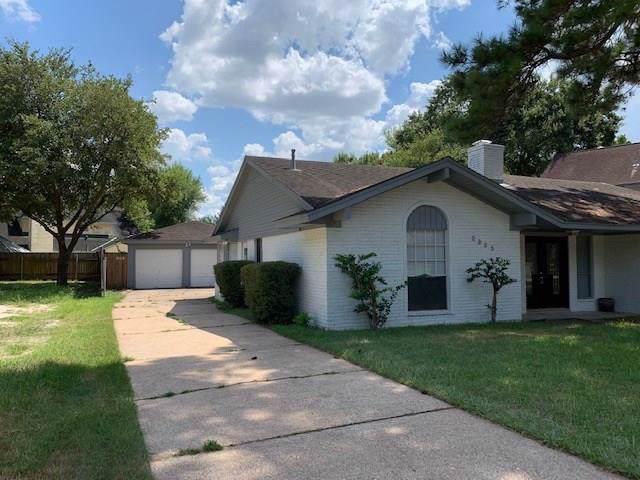 5923 Bent Bough Lane, Houston, TX 77088 (MLS #81658092) :: The Heyl Group at Keller Williams