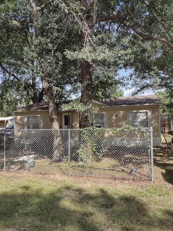 8846 Old Creek Street, Willis, TX 77318 (MLS #81807372) :: The SOLD by George Team