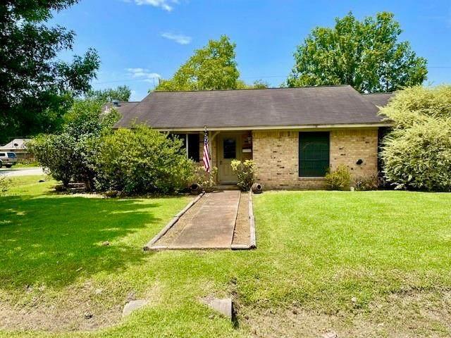 502 Ladd Street, Dayton, TX 77535 (MLS #81849523) :: The Home Branch