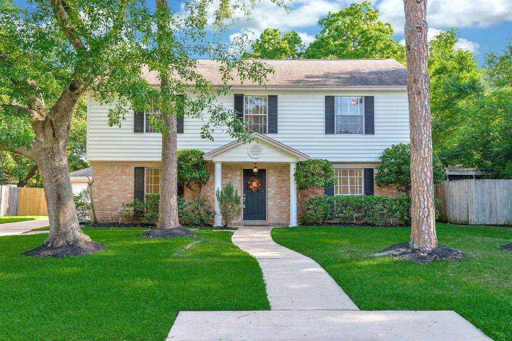13910 Chevy Chase Drive - Photo 1