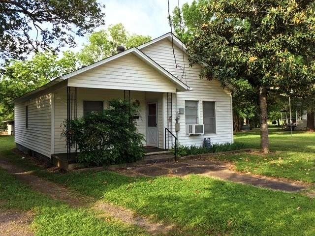 810 Magnolia Street, Teague, TX 75860 (MLS #81947975) :: The Home Branch