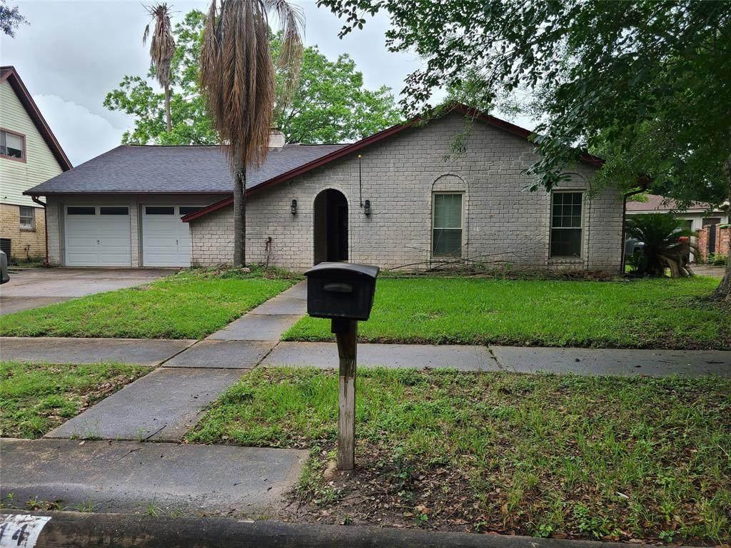 7014 Bent Branch Drive - Photo 1