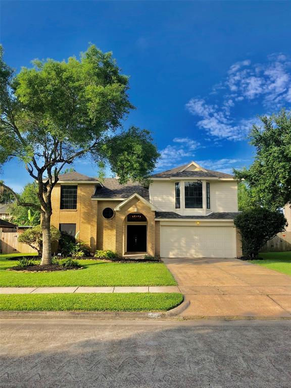 1810 Lavaca Street, Friendswood, TX 77546 (MLS #82243990) :: Texas Home Shop Realty