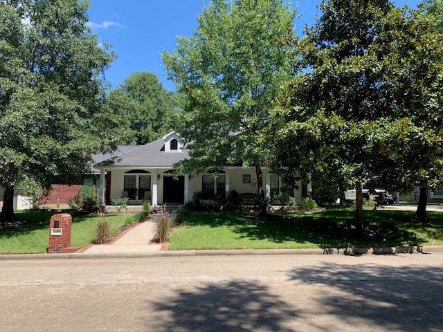 12202 Longfellow Drive, Montgomery, TX 77356 (MLS #82257998) :: The Home Branch