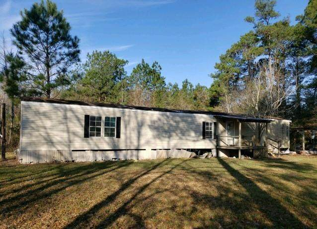 2271 Beasley Drive, Silsbee, TX 77656 (MLS #82476051) :: My BCS Home Real Estate Group