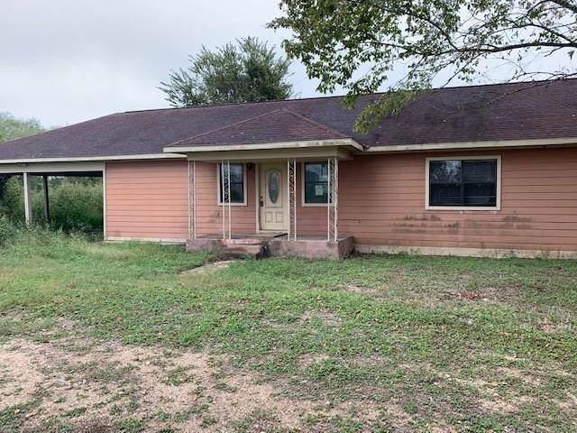 547 N 3rd Street, Muldoon, TX 78949 (MLS #82522285) :: Texas Home Shop Realty