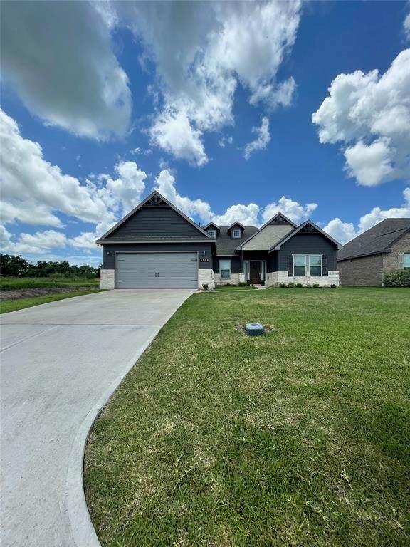 4904 Stingray Drive, Bay City, TX 77414 (MLS #82740083) :: Michele Harmon Team