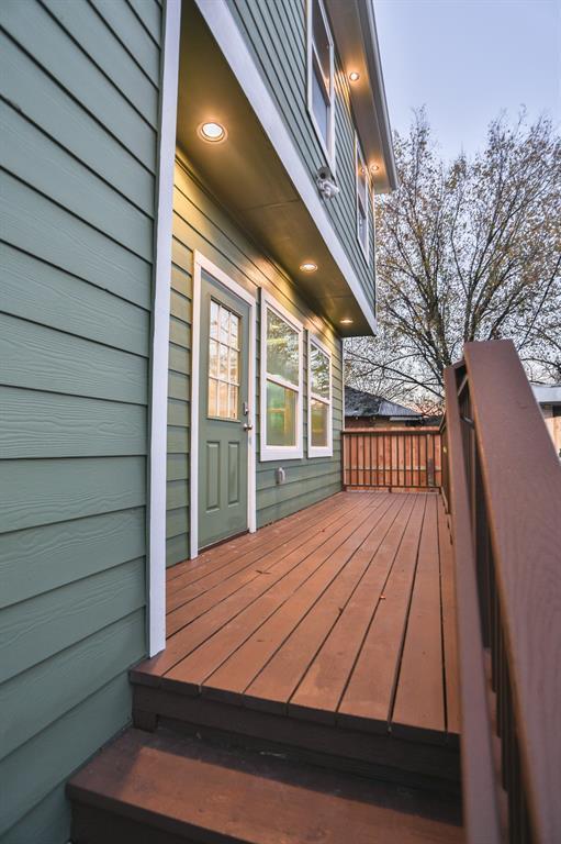 907 Frio Street, Houston, TX 77012 (MLS #82889648) :: Texas Home Shop Realty