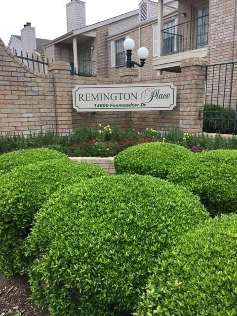 14600 Fonmeadow Drive #204, Houston, TX 77035 (MLS #83020535) :: Krueger Real Estate