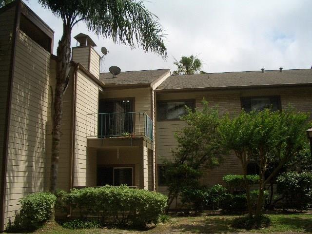 7128 N Holiday Drive, Galveston, TX 77550 (MLS #83046486) :: NewHomePrograms.com LLC