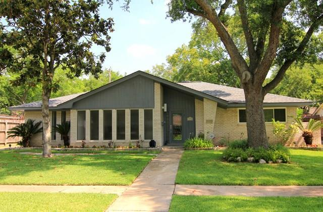 5710 Valkeith Drive, Houston, TX 77096 (MLS #83071387) :: REMAX Space Center - The Bly Team