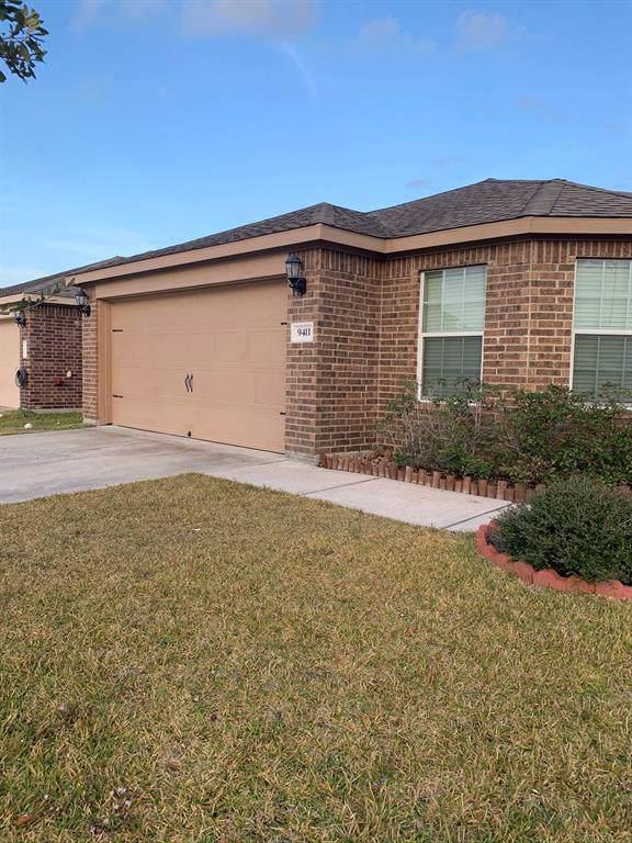 9411 Ruby Mist, Rosharon, TX 77583 (MLS #83315016) :: Texas Home Shop Realty
