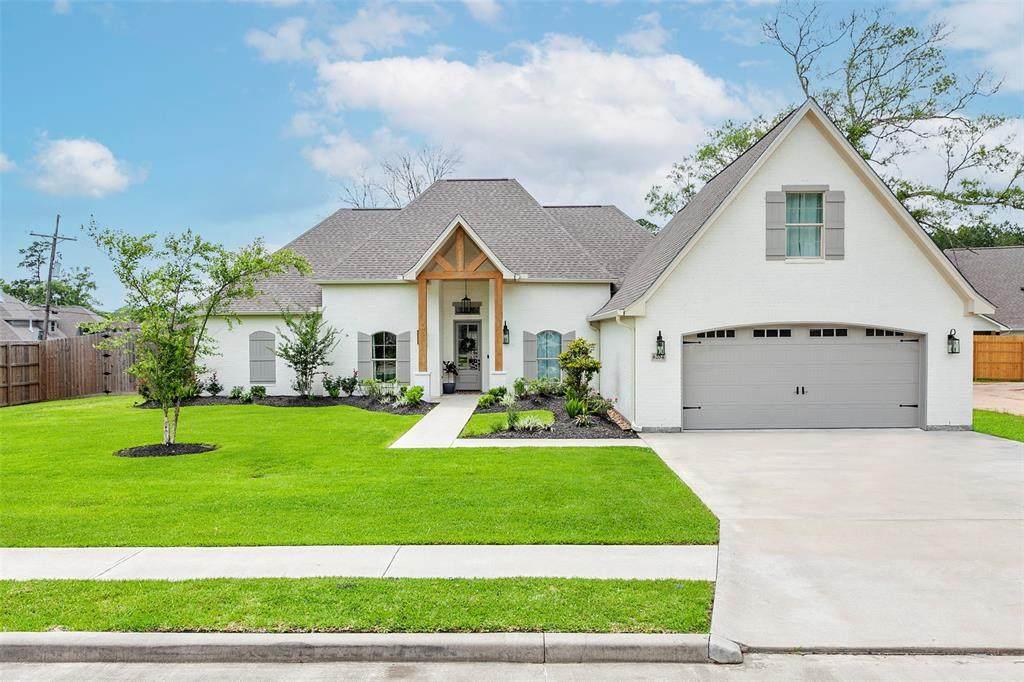 8204 Royal Oaks Drive - Photo 1