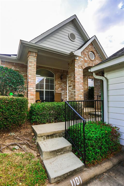 12755 Mill Ridge Drive #1101, Cypress, TX 77429 (MLS #84159989) :: Christy Buck Team