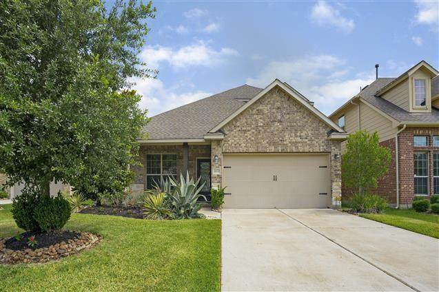 13015 Clover Creek Point, Humble, TX 77346 (MLS #84297493) :: The SOLD by George Team