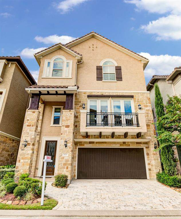 819 Old Oyster Trail, Sugar Land, TX 77478 (MLS #84364295) :: Lerner Realty Solutions