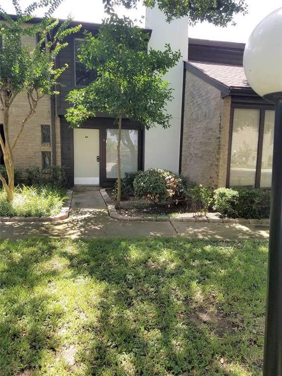 2601 S Braeswood Boulevard #1103, Houston, TX 77025 (MLS #84512820) :: Green Residential