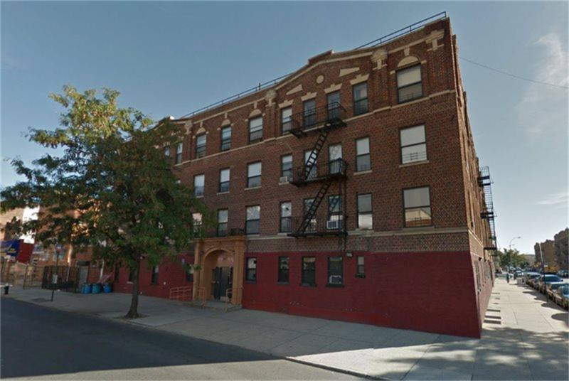 701 Ralph Avenue - Photo 1