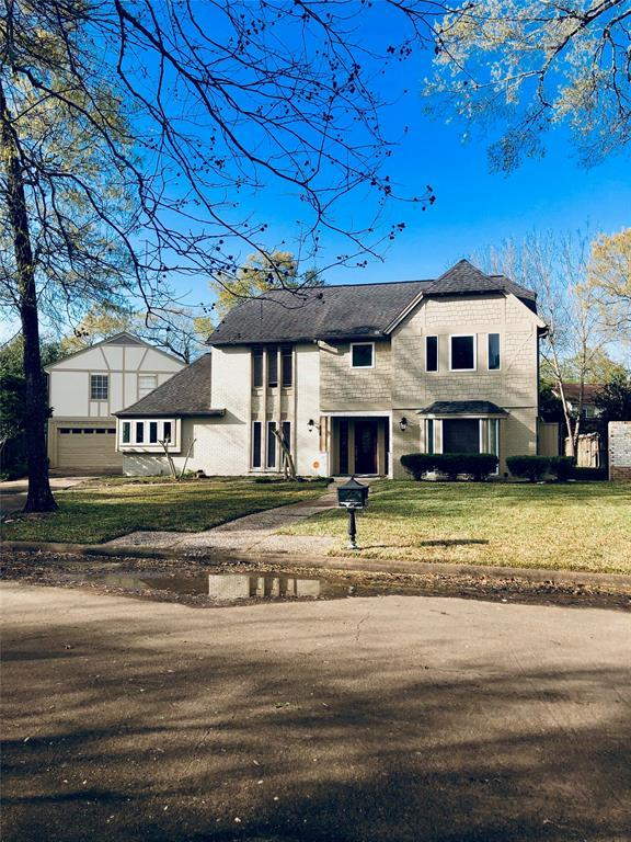 4207 Bradshire Court, Taylor Lake Village, TX 77586 (MLS #84887971) :: The Sold By Valdez Team