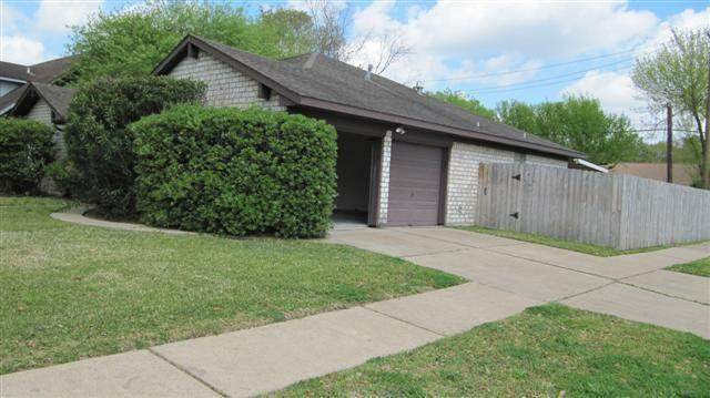 11402 Stancliff Road, Houston, TX 77099 (MLS #84990942) :: Ellison Real Estate Team