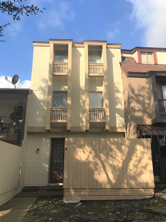 2022 Lakewood Court, Willis, TX 77318 (MLS #85796672) :: Texas Home Shop Realty