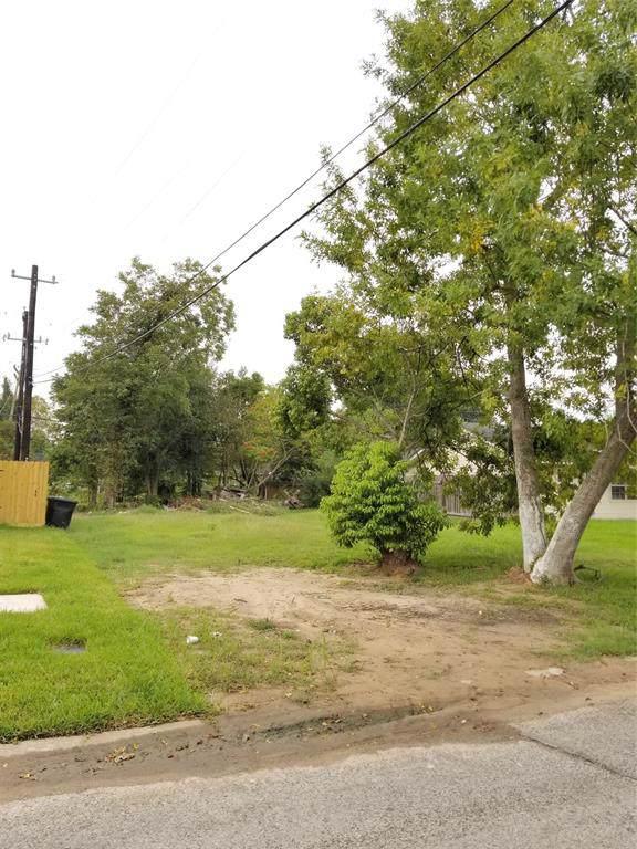 5234 Burma Road, Houston, TX 77033 (MLS #86027726) :: The Heyl Group at Keller Williams