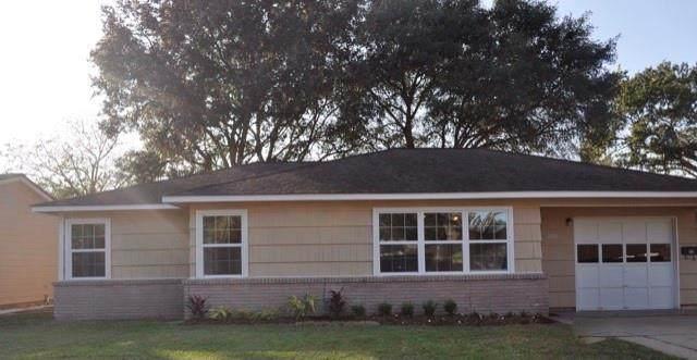1406 Miles Street, Rosenberg, TX 77471 (MLS #86305817) :: Homemax Properties