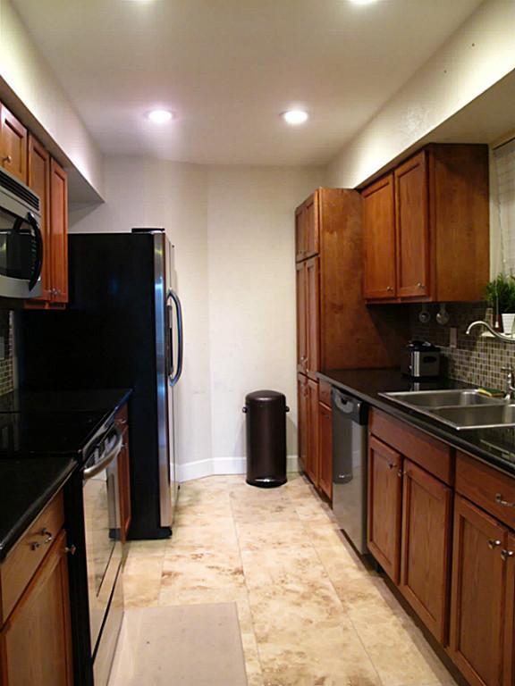 18800 Egret Bay Bl #214, Houston, TX 77058 (MLS #86470216) :: Krueger Real Estate