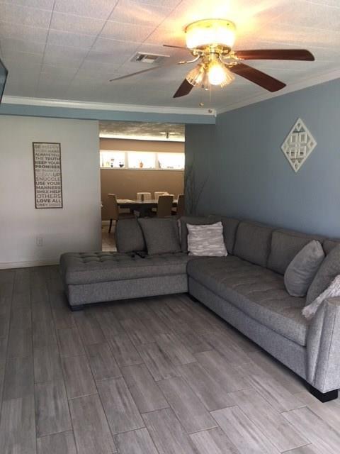 513 Harold Lane, Baytown, TX 77521 (MLS #86816736) :: The SOLD by George Team