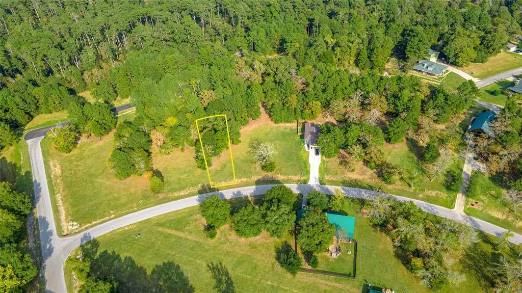 11 Lakecrest Lane - Photo 1