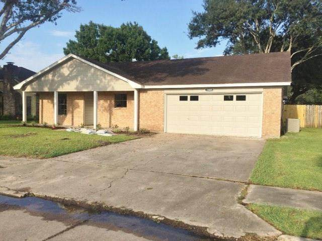 1805 Leissner Street, Bay City, TX 77414 (MLS #87116955) :: The SOLD by George Team
