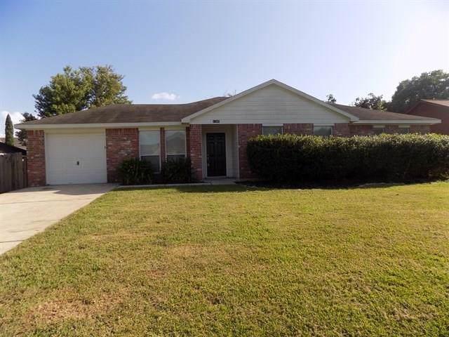13049 Skyline Drive, Willis, TX 77318 (MLS #87423226) :: Johnson Elite Group